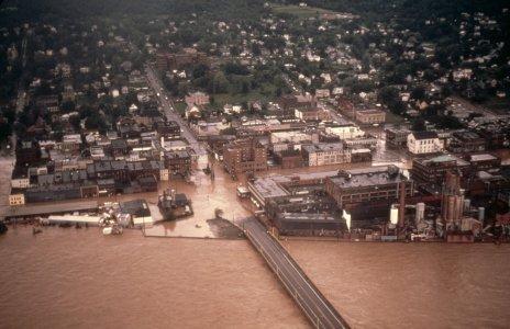 [City of Corning aerial view Main Plant, Market St., Centerway Bridge] [slide].