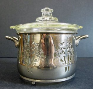 Pyrex Bean Pot with Lid and Farberware Mount