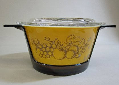 Pyrex Casserole with Lid, Plastic Holder, and Original Cardboard Box