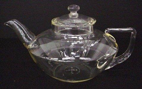 Pyrex Squat-shape Teapot with Lid