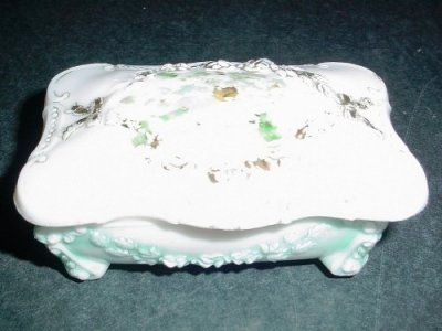 Dresser Box with Cover