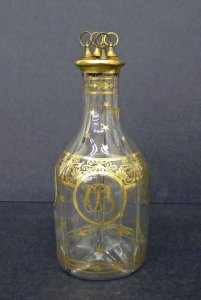 Decanter with 4 Stoppers