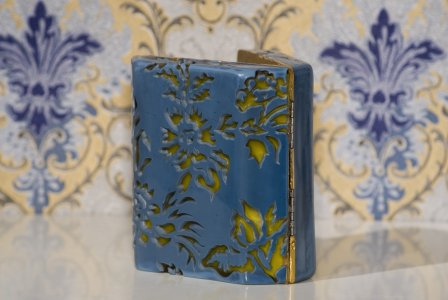 Compact vanity case #3 [picture].