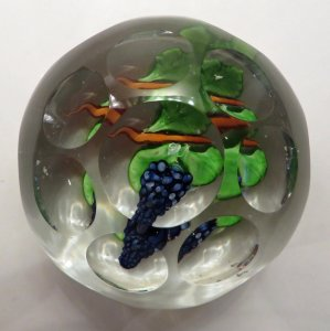 Paperweight with Grapes