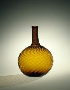 Swirl Bottle