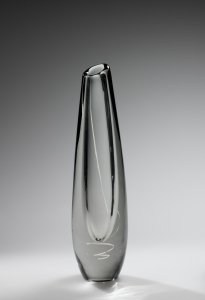 """Serpentiini"" (Serpentine) Vase"