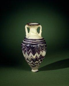 Jar (Amphoriskos)
