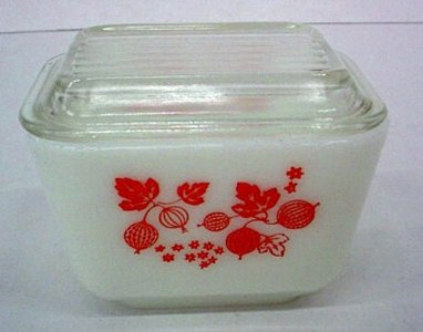 1-1/2 Cup Pyrex Refrigerator Dish with Cover