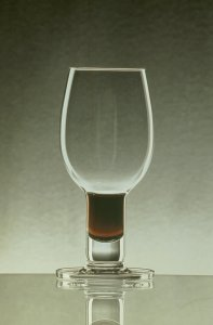 Vinum tasting glass [slide].