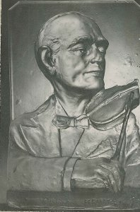 Portrait of Robin Fermata