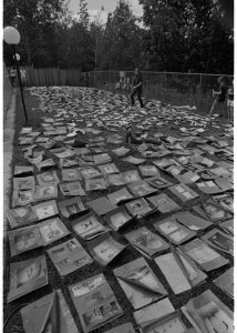 [Museum volunteers drying prints on the lawn at Corning Community College] [picture].