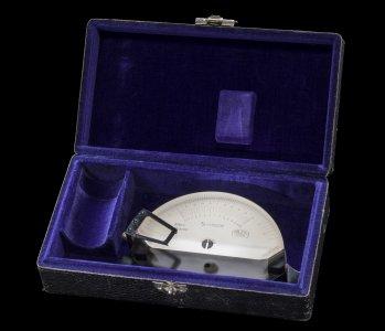 Abbe Apertometer in Original Case