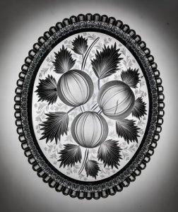 "Ice Cream Tray cut in ""Gravic Fruit"" Pattern"