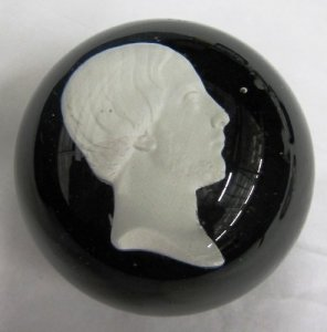 Paperweight with Sulphide of Comte de Chambord
