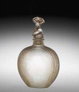 Myosotis, Bouchon figurine, Toilette flacon no. 2 (Forget-me-not, figurine stopper, eau-de-toilette flask no. 2)