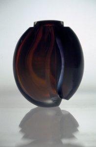 Cut vase (155) [slide].