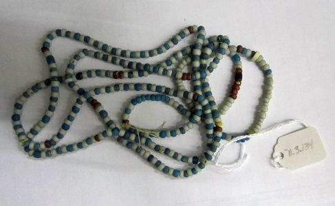Beads (434)