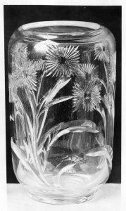 Shape no.: 7405 [vase cut in Lambert pattern] [picture].