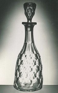 """Decanter and Stopper in """"Honeycomb"""" Pattern"""