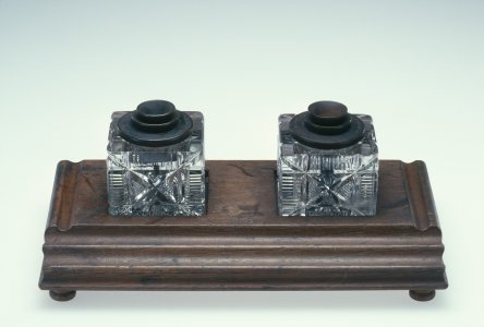 Inkstand with 2 Ink Bottles