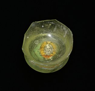 Gold glass base