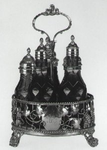 Caster Tray with Five Bottles