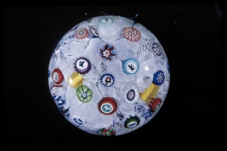 Paperweight with Spaced Millefiori on Muslin Ground