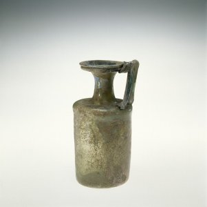 Bottle with One Handle