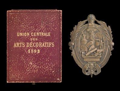Union Centrale des Beaux-Arts Decoratifs Second Prize Medal Awarded to Rene Lalique