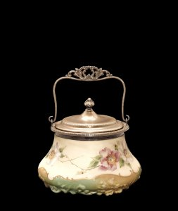 Crown Milano Covered Dish with Handle