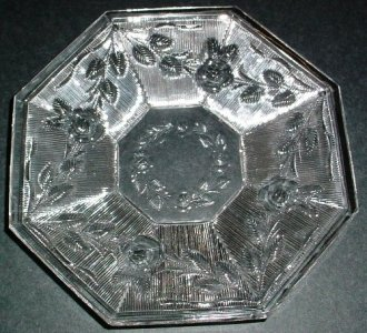 """Plate in """"Silver Thread & Roses"""" Pattern"""