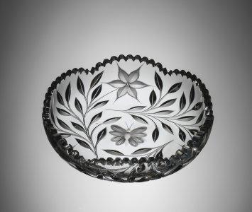"""Dish in """"Diamond Poinsettia"""" Pattern"""
