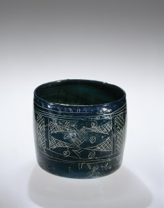 Cylindrical Cup with Scratched Decoration