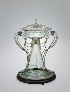 Centerpiece with Silver Mount