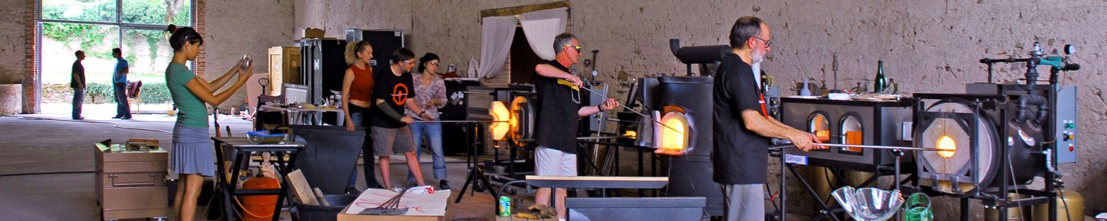 The UltraLight Hotshop is a modular group of highly portable units that can be arranged to meet the needs of individual venues or events. The set-up requires minimal utility support and can include a flameworking unit.