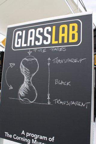 Design sketch by Beat Karrer at GlassLab