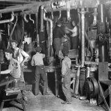 Jobs in a 19th-Century Glass Factory