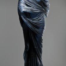 Nocturne 5, Karen LaMonte, Czech Republic, 2015. The Corning Museum of Glass. Photo Martin Polak. © Karen LaMonte.