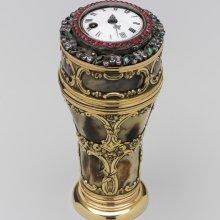 Telescoping spyglass with timepiece, gold, agate, diamonds, emeralds, rubies, glass lens.